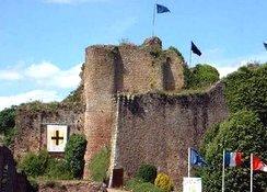 Le château de Tiffauges et la légende de Barbe Bleue.